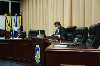 Laudir e Juscelino comandam sessão remota na Câmara (Imagem: Humberto Martins)