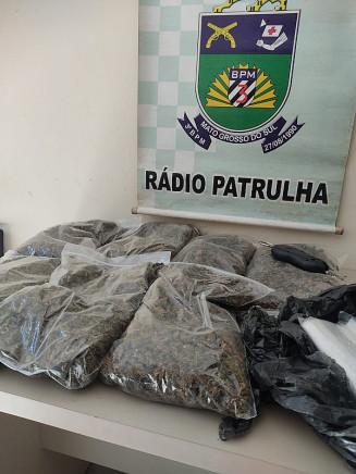 Radio Patrulha do 3º Batalhão da PM encontra supermaconha em casa de vítima de covid-19. Imagem: (Assessoria)