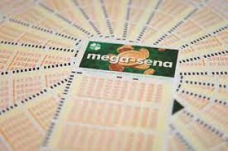 aso apenas um apostador leve o prêmio e aplique todo o valor na Poupança, receberá R$ 11,4 mil de rendimento no primeiro mês. Imagem: (Divulgação)