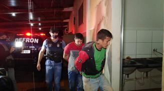 Dois foram presos durante ação da Defron. Imagem: (Adilson Domingos)