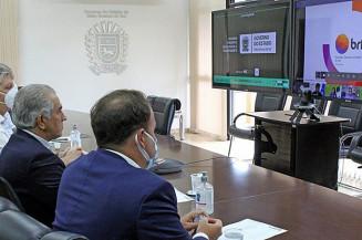 Videoconferência também contou com participação do secretário de Fazenda de MS, Felipe Mattos (esquerda). Imagem: (Assessoria)