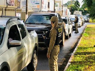 Os agentes de trânsito têm atuado em diversos pontos da cidade. Imagem: (Assecom)