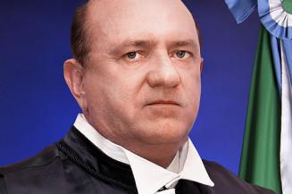 Osmar Jeronymo recebeu quase R$ 3 milhões de empresas de fachada (Imagem: TCE/MS)