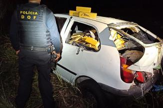 Motorista sofre escoriações depois de capotar veículo em fuga (Imagem: Assessoria)