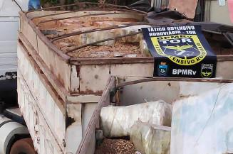 Droga escondida em carregamento de soja (Imagem: Adilson Domingos)