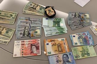 Dinheiro apreendido durante operação (Imagem: Polícia Federal)