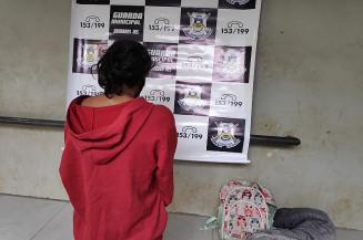 Mulher alega desemprego para tráfico (Imagem: Adilson Domingos)