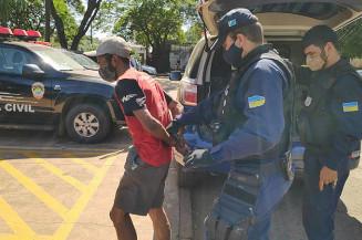 Guarda prende homem com 120 passagens criminais (Adilson Domingos)