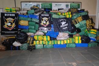 5,3 toneladas de maconha apreendidas pela Defron (Imagem: Adilson Domingos)