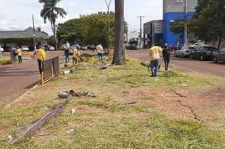 Serviço de limpeza ainda é lento em Dourados (Divulgação)