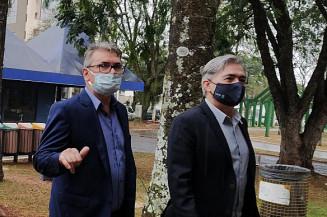 Lupércio Degerone e secretário de Estado de Justiça e Segurança Pública, Antonio Carlos Videira (Imagem: Dourados Informa)