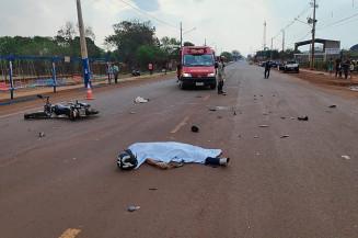 Motociclista morreu ai invadir contramão (Imagem: Adilson Domingos)