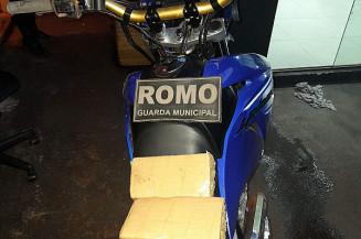 Moto usada pelo traficante (Imagem: Guarda Municipal)