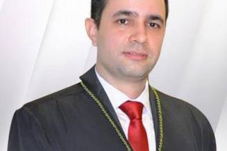 O juiz da 1ª Vara do Trabalho de Dourados André Luis Nacer de Souza, flagrado em festa clandestina (Divulgação)