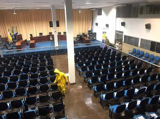 Higienização nas instalações da Câmara de Dourados (Divulgação)