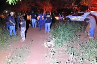 Mulher foi morta estragulada, na noite de ontem, na Aldeia Bororó - Foto: Dourados News