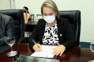 Liandra Brambilla desistiu de cargo de relatora em CPI contra Délia (Divulgação)