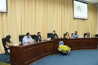 Audiência pública ontem à noite na Câmara de Dourados (Valdenir Rodrigues)
