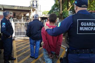 Hojmem é preso depois de furtar espetinho em Dourados. Imagem (Adilson Domingos)
