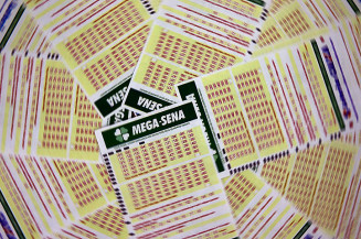 Prêmio para acertadores de cinco dezenas fica em R$ 28,2 mil. Imagem: (Agência Brasil)