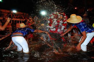 Banho de São João ocorre em junho em Corumbá e Ladário. Imagem: (Divulgação)
